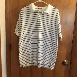 Gap brand short sleeve shirt white/olive green